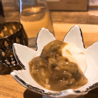 牡蠣の塩辛とマスカルポーネ(あめこや (AMECOYA))