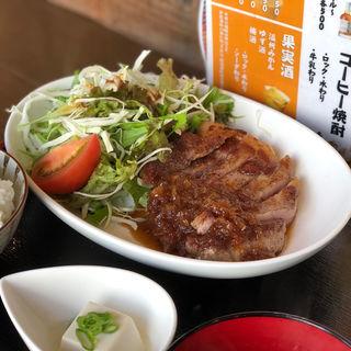 生姜焼定食(ナカラ (NAKARA))