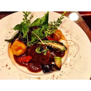 牛ほほ肉の赤ワイン煮込み(ビストロ・ポワソン・ルージュ (BISTRO POISSON ROUGE))