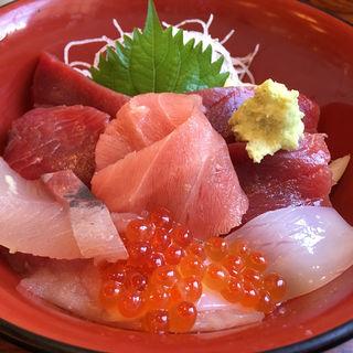 今日丼 (鮮味楽)