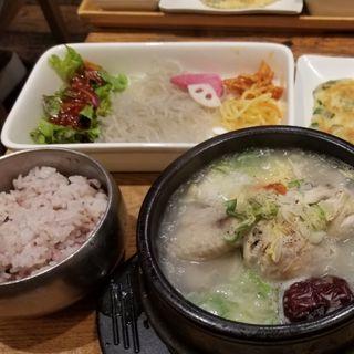 ランチセット(参鶏湯)(韓美膳 (ハンビジェ))