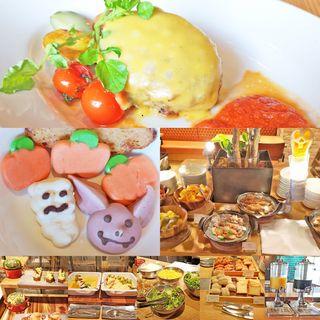 USビーフ100% ソールズベリーステーキ チェダーチーズとトマトソース(CEDAR THE CHOP HOUSE & BAR)