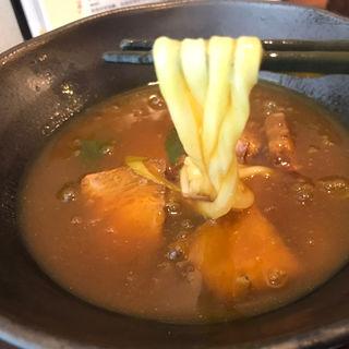 豚角煮カレーうどん(味味香 (みみこう))