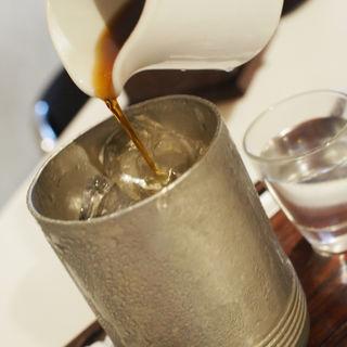 あつあつのアイスコーヒー(喫茶よっちん (ヨッチン))