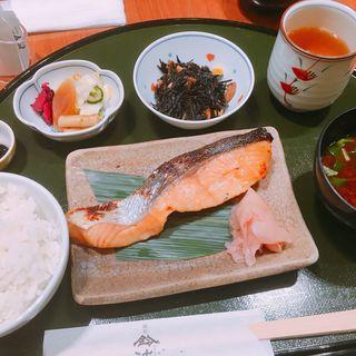 鈴波定食(鈴波 東京ミッドタウン店 (すずなみ))