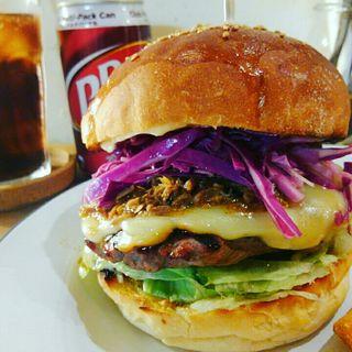 プルドポークバーガー(HELLO NEW DAY Hamburger)
