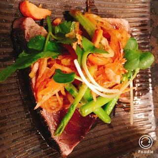鰹のタタキ(中国菜シンペイ (中国菜SHIN-PEI))