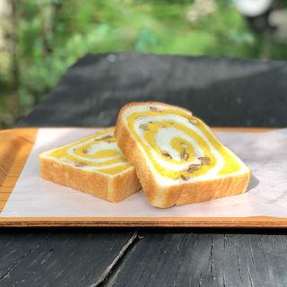 秋の有松絞りパン