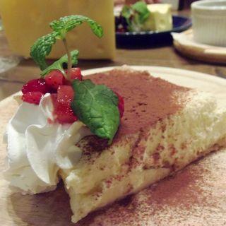 濃厚ティラミス(Cheese Cheers Cafe 三宮)