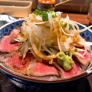 ローストビーフ丼(にんぎょう町 谷崎)
