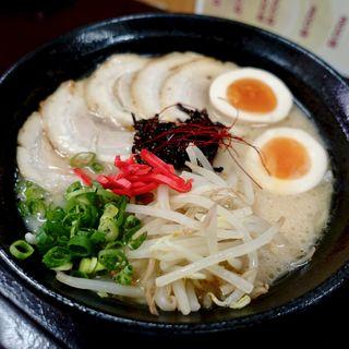 鶏白湯しょうゆチャーシュー麺( 麺家 遊彩 )