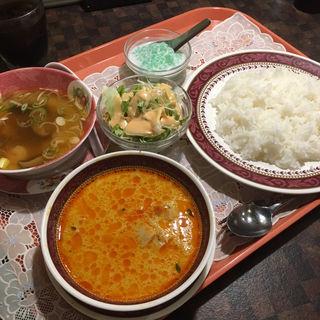 レッドカレーセット(サワデーすみ芳 栄店 )