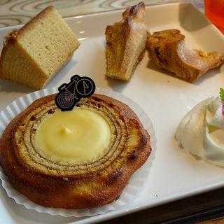 バウム食べ比べセット(FRANCY JEFFERS CAFE 芦屋店)