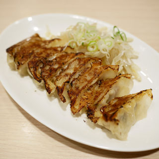 焼き餃子 (8個)(金菜亭 (KINSAITEI))