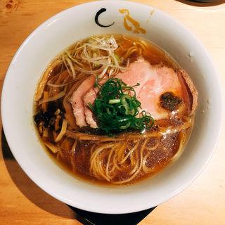 煮豚そば(醤油)(SOBA HOUSE 金色不如帰 新宿御苑本店 (コンジキホトトギス))
