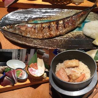 鮭の炊き込みご飯(神楽坂 魚金 (ウオキン))