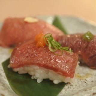 肉炙り寿司盛合せ(焼肉たまき )