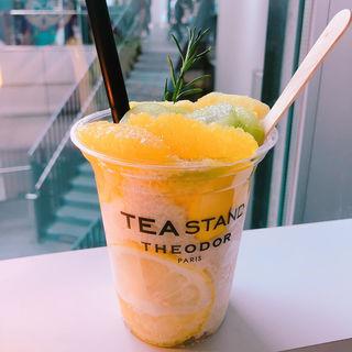 フローズン(Theodor tea stand)