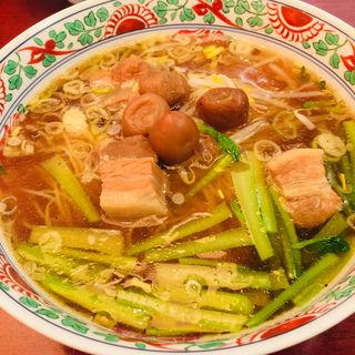 豚肉の梅干し乗せ麺(ふーみん )