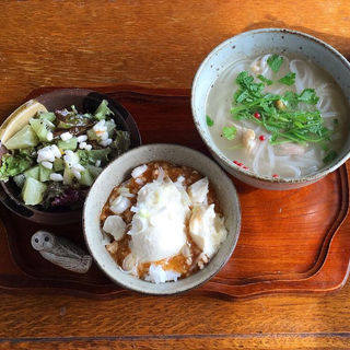 本日の定食(カフェと雑貨 空+色 (カフェトザッカ ソラトイロ))