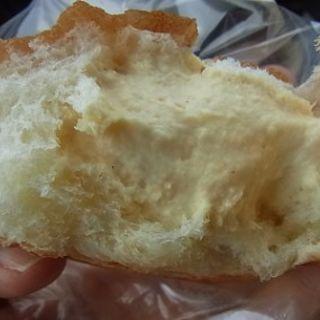 ふわとろクリームパン
