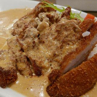 ヒレ辛カレーライス(レストラン ユっぴー)