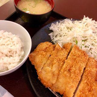 チキンカツ定食(明日香 (アスカ 【旧店名】とんかつ山脈))