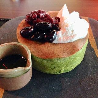 森半の抹茶の緑パンケーキ(雪ノ下 京都本店 )