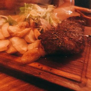 牛炭焼ステーキ(ラ ピヨッシュ)