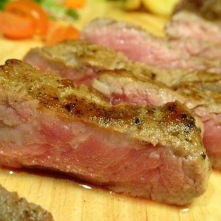 サーロインステーキ150g(肉バル MEAT BOY N.Y 梅田大阪駅前店)