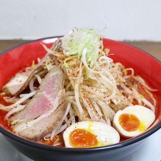 ガッツリ赤鶏白湯麺(麺匠 なか巌)