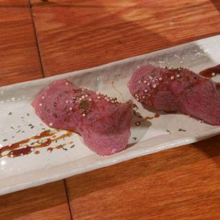 肉寿司(焼肉バル 韓の台所)