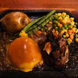 ウェースト&イーストハンバーグ(ゴールド ラッシュ 新宿東口店 (GOLD RUSH))