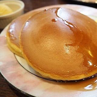 ホットケーキセット(神戸にしむら珈琲店 中山手本店 (コウベニシムラコーヒーテン))