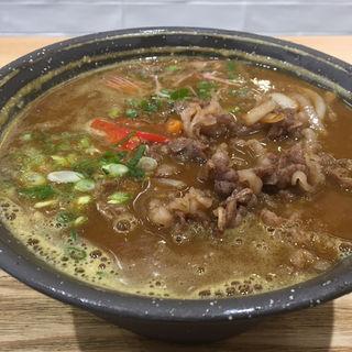肉盛りカレーうどん(ウドンダイニング コナ ミズ シオ (UDONダイニング KONA×MIZU×SHIO))