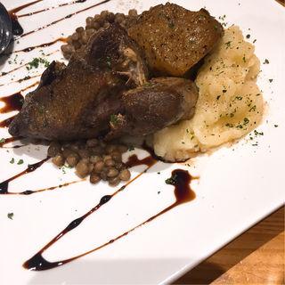 猪肉のコンフィ レンズ豆添え(立ち呑みワイン マルシュ2)