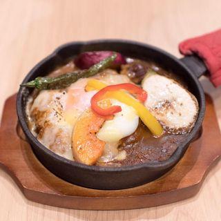 季節野菜のとろ〜りチーズ焼きカレー(ハイミーカフェ)
