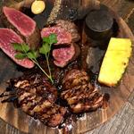 お肉4種盛り合わせ(アンガス牛・国産牛・豚・鴨のロースト)