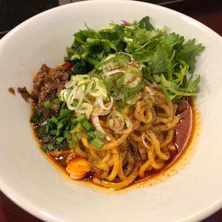 汁無し担々麺パクチートッピング(noodles house 錦鯉)