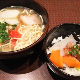 海鮮丼+沖縄そば(あしびなー)