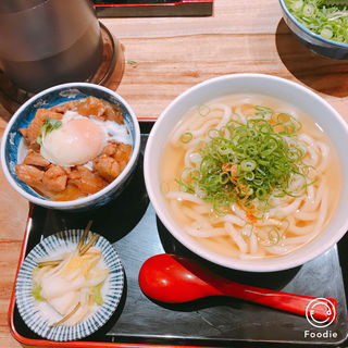 親子丼セット(食事処 ニュー因幡)