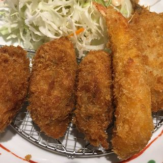 ミックスフライ定食(やよい軒 札幌駅南口店)