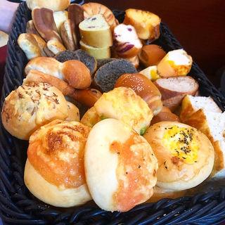パン(ロビンソン 烏丸 (Boulangerie cafe dining Robinson))