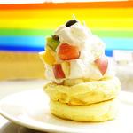 季節のフルーツのパンケーキ(レインボーパンケーキ (RAINBOW PANCAKE))