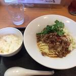 スパイシー汁なし担担麺(麺や二代目 夜来香 (イエライシャン))