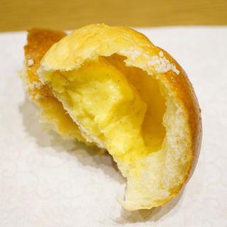 クリームパン(Boulangerie et Cafe Main Mano)