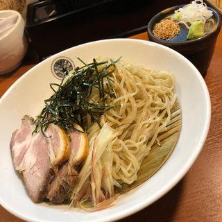 冷やしざるらぁ麺(らぁ麺 とうひち )
