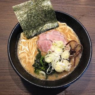 豚骨醤油らーめん(びし屋)