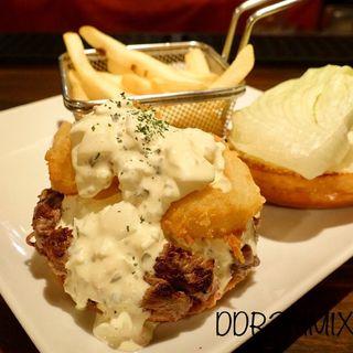 チャンキージャンキータルタルペッパーコーン(シェイクツリー バーガー&バー (shake tree burger&bar))
