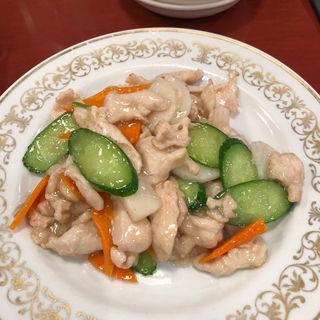 山芋と鶏肉の塩炒め(福泰酒家 (フクタイシュカ))